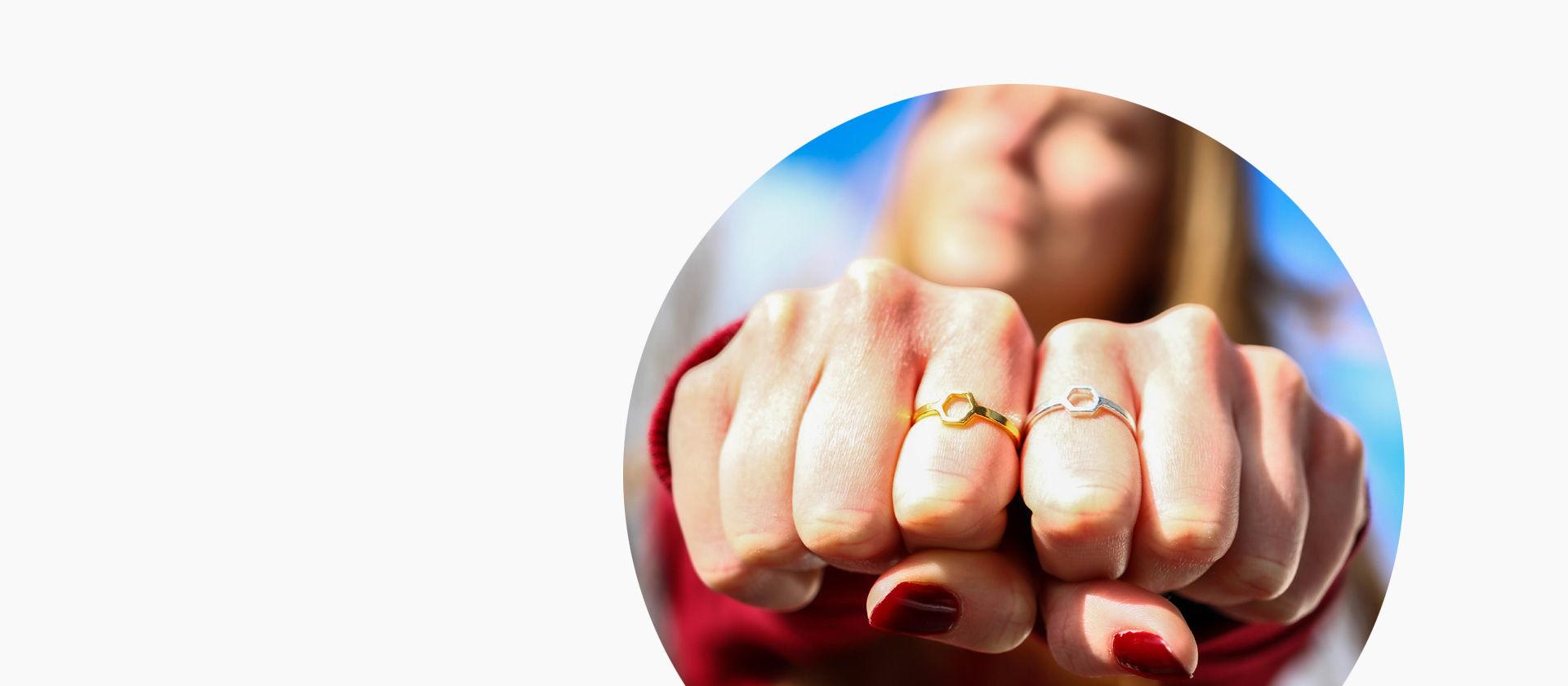 pierścionki benzenowe - biżuteria chemiczna